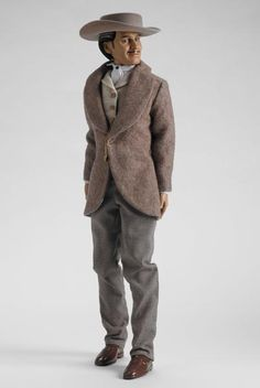 CAPTAIN BUTLER - Gone With the Wind - Tonner Doll Company