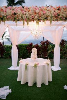 Wedding cake table - Anna Kim Photography