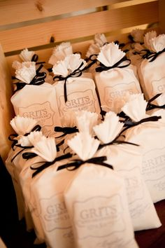Wedding Gifts For Guests Is grits a new orleans thing? I have no clue.but thought this was cute for southern wedding Wedding Favor Boxes, Diy Wedding Favors, Party Favors, Wedding Decorations, Diy Party, Top Wedding Trends, Cute Wedding Ideas, Wedding Inspiration, Perfect Wedding