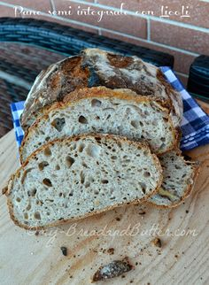 Bread and Butter.....: Pane semi integrale con LicoLi (lievito madre in coltura liquida) !!!!