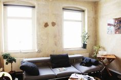 Gunnar Rönsch & Stephen Molloy — Architects & Product Designers, Apartment & Studio, Mitte, Berlin  (© Anna Rose für Freunde von Freunden)
