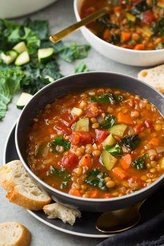 Lentil Vegetable Soup, Lentil Soup Recipes, Tasty Vegetarian Recipes, Veggie Recipes, Whole Food Recipes, Healthy Recipes, Kidney Soup Recipes, Recipes With Kidney Beans Healthy, Tuscan Lentil Soup Recipe