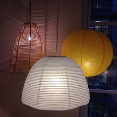 Härliga favoritlampor att lysa upp med i februarimörkret. Avery rotting 590kr, Shiro gul 150kr, Shiro vit 190kr. #habitatsverige #lampa #taklampa