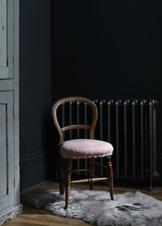 Styling by Hannah Cork. Shot by Jon Aaron Green. Dark and moody interior with blush pink and brass accents. Aaron Green www. Dark Lounge, Interior Stylist, Vanity Bench, Blush Pink, Cork, Brass, Chair, Green, Furniture