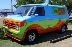 Bedford Van, Big Ford Trucks, Mystery Machine Van, Scooby Doo Mystery Inc, Cool Vans, Car Mods, Custom Vans, Van Life, Dream Cars