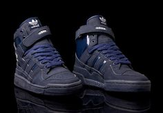 online store 3f2a4 1ab4a Adidas Forum Hi (navy blue) from 1996