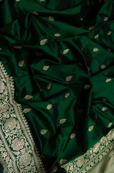 Banaras Sarees, Silk Saree Kanchipuram, Ikkat Silk Sarees, Handloom Saree, Mysore Silk Saree, Indian Silk Sarees, Soft Silk Sarees, Saree Wearing Styles, Wedding Saree Collection