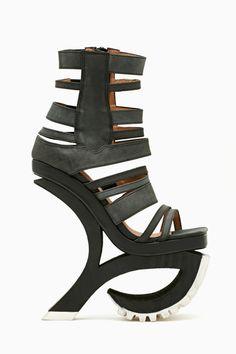9dff39b741ba Exempt Platform - Nastygal.com Crazy Shoes