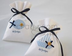 Diy And Crafts, Arts And Crafts, Baptism Favors, Ants, Christening, Sunglasses Case, Patches, Bloom, Gift Wrapping