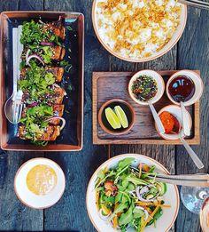 Le Thaï de Castigno. Castigno Village. Thaï Ribs. Love ! #food #instafood #restaurant #instarestaurant #miam #instagood #resto #gastronomie #gastronomia #gastronomy #igersmontpellier #teamBlogMTP #blog #blogfood #occitanie #tourismeoccitanie #whaou #luxury #thai #thailand #asia #asiafood #ribs #yummy