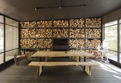 chalet forestier designed by atelier barda & lise gagné