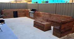 If anyone has a spacious patio and he/she is also a person who loves to party with the friends, then this is a great idea of creating reclaimed wood pallet BBQ zone. There is a space to install the stove and the seating arrangement is awesome.