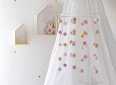 DIY ~ Mobile fürs Babybett Mobiles, Handgemachtes Baby, Baby Zimmer, Kids Room, Sweet Home, Home Decor, Ikea, Blog, Baby Girl Rooms