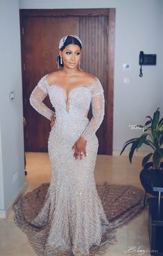 Wedding Bridesmaid Dresses, Dream Wedding Dresses, Wedding Reception Gowns, Reception Dresses, Bridesmaids, Nigerian Wedding Dresses Traditional, Hair Design For Wedding, Mermaid Dresses, Lace Mermaid