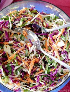 Πολύχρωμη αποκριάτικη σαλάτα Cooking Time, Cooking Recipes, Yummy Food, Tasty, Yummy Yummy, Salad Bar, Nutella, Salad Recipes, Cabbage
