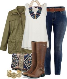 I love this casual look. I like an outfit with a white t-shirt jeansand a fun necklace