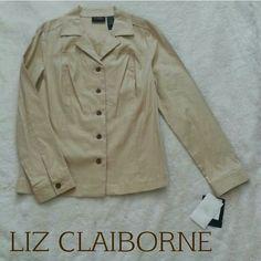 "#HP Stretch Blazer Light stretch blazer in light camel color. Wood brown buttons. 55% linen 42% cotton 3% spandex. Length 25.5"" Bust 20.5"" Liz Claiborne Jackets & Coats Blazers"