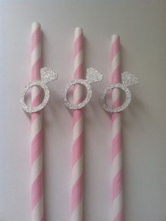 25 Silver Engagement Ring Paper Straws. by PaperTrailbyLauraB