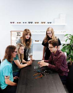 Article One revitalisiert Flint, Michigan Mit Indie-Cool Eyewear, die zurück gibt - http://berlinmoda.com/general/article-one-revitalisiert-flint-michigan-mit-indie-cool-eyewear-die-zuruck-gibt/