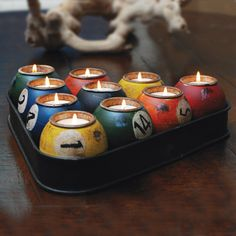 This cool vintage-style billiard rack candle holder features 10 pool balls that hold ten tealights, creating a warm glow in the darkest of man caves. Made of painted metal with vintage finishing, this unique candle holder is perfect for the bachelor Club Sportif, Cool Vintage, Vintage Style, Upcycled Home Decor, Recycled Crafts, Upcycled Furniture, Billiards Pool, Kugel, Household Items