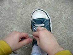 Como atarse los cordones - Matias - Chuck Taylor Sneakers, Chuck Taylors, House, Fashion, Teaching Kids, Going Out Clothes, Activities, Moda, Home