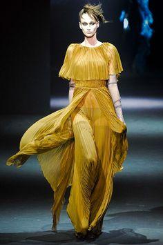John Galliano, haute couture, couture, fashion, catwalk, runway, designer