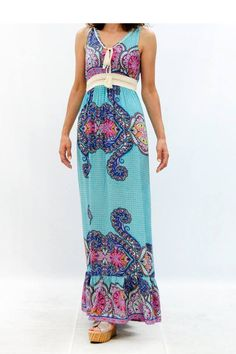 Maxi φόρεμα εμπριμέ με δέσιμο μπροστά στο www.primadonna.com.gr