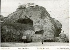 Old Pictures, Old Photos, Vintage Photos, Travel Around The World, Around The Worlds, Budapest Hungary, Vintage Photography, Historical Photos, Mount Rushmore