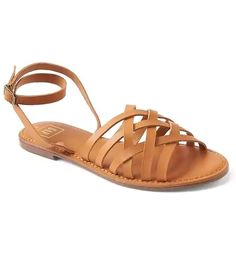 15 Summer Sandals That'll Never Go Out Of Style+#refinery29