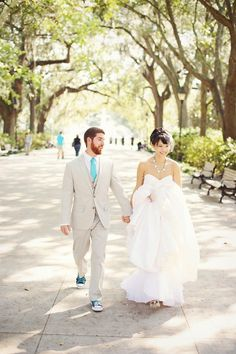 Whimsical DIY Savannah Wedding from The Reason  Read more - http://www.stylemepretty.com/georgia-weddings/2013/06/11/whimsical-diy-savannah-wedding-from-the-reason/