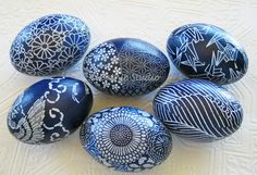 Set of 6 wood eggs decoupaged with beautiful Japanese Yuzen Aizome origami papers in indigo blue and white. Finished with water-based sealan...