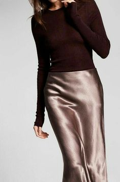 Silvester-Outfit Source by cristalvoice Estilo Fashion, Look Fashion, Skirt Fashion, Fashion Outfits, Fashion Tips, Fashion Websites, Fall Fashion, Fashion Ideas, Womens Fashion