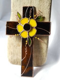 Amber Cross Yellow Daisy Stained Glass by StewArtStuff on Etsy. This is so pretty!