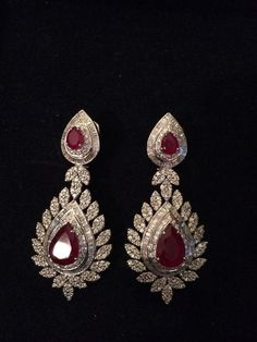 For example, every woman needs an LBD (little black dress), and a pair of pearl earrings. Pearl earrings have the wonderful ability of bein… Ear Jewelry, Bridal Jewelry, Gold Jewelry, Jewelry Accessories, Fine Jewelry, Jewelry Design, Diamond Earrings Indian, Ruby Earrings, Gold Earrings Designs