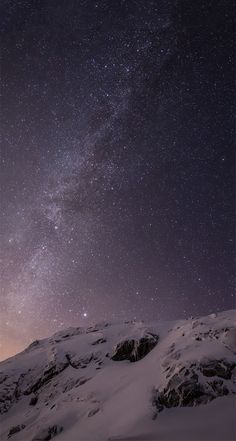iOS 8 Milky Way Over Mountain Parallax Default iPhone 5 Wallpaper The post iOS 8 Milky Way Over Mountain Parallax Default iPhone 5 Wallpaper appeared first on hintergrundbilder. Iphone 5c Wallpaper, Aesthetic Iphone Wallpaper, Screen Wallpaper, Nature Wallpaper, Mobile Wallpaper, Wallpaper Backgrounds, Iphone 7 Original Wallpaper, Iphone 5c Backgrounds, News Wallpaper