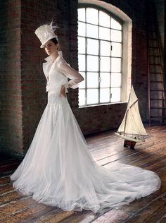 Abito Alessandro Angelozzi Couture. Stylist Elisa Nascimbene - ph. Antonio Redaelli. Vogue Sposa n. 131 - Gennaio 2015