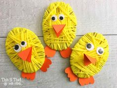 Easter Recipes and Crafts {Day Chick Yarn Craft Yarn Crafts For Kids, Fun Crafts To Do, Easter Crafts For Kids, Easy Diy Crafts, Diy Arts And Crafts, Diy Projects Easter, Craft Projects, Craft Day, Textiles