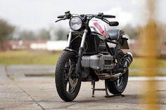 RocketGarage Cafe Racer: BMW Cafemoto 002