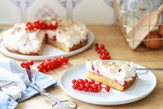 Ribiselkuchen wie bei Oma - Ginger in the Basement Feta, Basement, Pie, Cheese, Desserts, Dessert Ideas, Chef Recipes, Food Food, Bakken