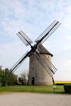 Moulin à vent de Frouville-Pensier, Ozoir-le-Breuil, Eure-et-Loir, Centre, France.JPG