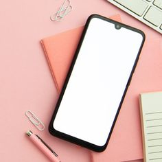 Flat lay pink workplace arrangement with. Story Instagram, Instagram Feed, Instagram Frame Template, Creative Poster Design, Ads Creative, Cute Wallpapers, Aesthetic Wallpapers, Workplace, Mockup