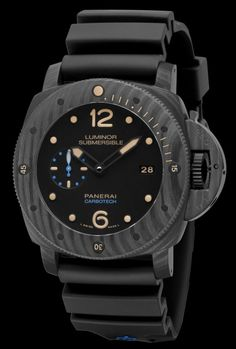 Panerai PAM 616 Luminor Submersible 1950 Carbotech angleview