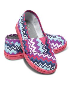 This Purple Zigzag Pop Canvas Vegan Classics - Tiny by TOMS is perfect! #zulilyfinds