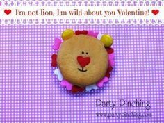 cute valentine cookie, lion cookie, valentine's day treat, valentine's day treat for kids, Oreo Cakester Cookie