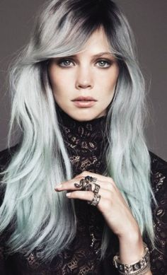 Black and White Ombre Hair | uploaded to pinterest