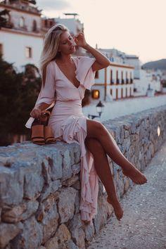f11adaaede Лето в розовом цвете: 70 модных образов Classy Looks, Sexy Classy Style,  Classy