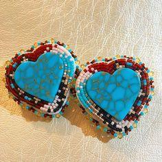 Just sharing . . . . . #beadwork #beadedearrings #beadedinlays #nativeamerican #nativebeadwork