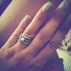 "#rings#nails""HM"
