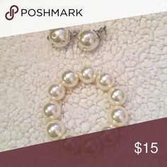 Selling this Petal Earring and Bracelet Set on Poshmark! My username is: emmaeleanora. #shopmycloset #poshmark #fashion #shopping #style #forsale #Francesca's Collections #Jewelry