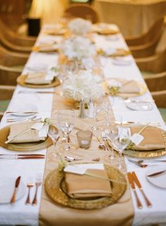 Gold and Champagne Reception Table Setting themarriedapp.com hearted ❤